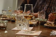 Islay Single Malt Whisky Tasting // Herr Lutz