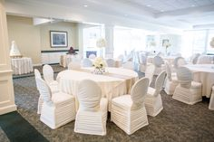 Hoover Country Club weddings. Summer wedding. White linens. Gold runner. Main Dining Room. ballroom
