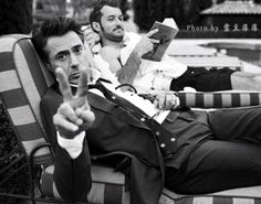 RDJ and Jude Law...would LOVE to be sitting there with them both!