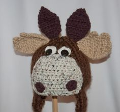 Crochet animal Moose hat.