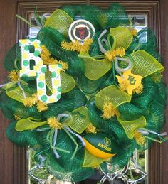 Packer colors, Thinking of making something similar.  Deco Mesh BAYLOR BEARS WREATH. $95.00, via Etsy.