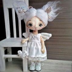 Fabric doll / Коллекционные куклы ручной работы. Ярмарка Мастеров - ручная работа. Купить Ангел светлый, кукла текстильная, 19 см (резерв). Handmade.
