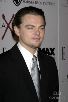 the Aviator Los Angeles Premiere at Mann's Chinese Theatre, Hollywood, CA 12-01-04 Photo: Clinton.h.wallace/photomundo/Globe, Copyright 2004 Leonardo Dicaprio