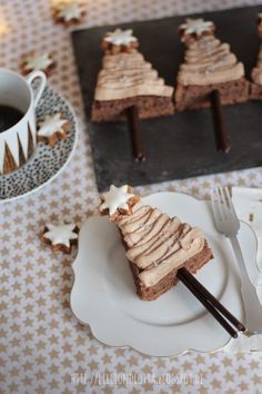 Schoko-Kaffee-Tannenbäumchen, Glühweintorte: