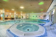 The Indoor Pool in the Croydon Park Hotel East Croydon Surrey England Croydon, London Hotels, Park Hotel, Jacuzzi, 4 Star Hotels, Surrey, Front Desk, Hotel Offers, Guest Room