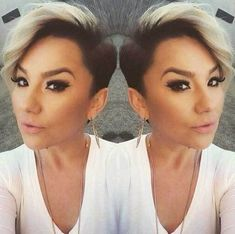 25 Short Hairstyles with Shaved Sides Short Hairtyle with Shaved Sides, Long Pixie Kardashian 30 One Side Shaved Hairstyles, Straight Hairstyles, Cool Hairstyles, Hairstyles 2018, Undercut Hairstyles, Hairstyle Ideas, Long Pixie, Girl Short Hair, Short Hair Cuts