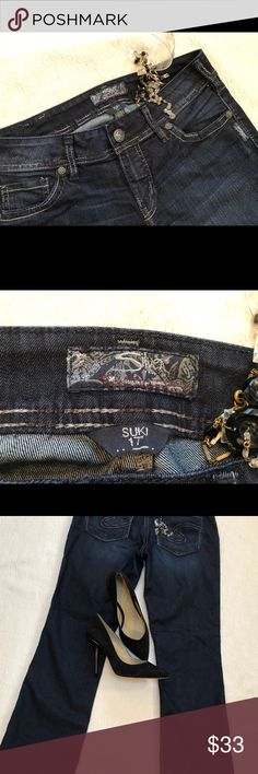 """Silver Jeans Suki  W30"""" I 31"""". Suki Silver Jeans W 30"""" I 31"""" R 9"""". Very good used condition. Unusual thread detail goes from light to dark through out stitching. Slight flare . Nice jeans ! Silver Jeans Jeans Flare & Wide Leg"""
