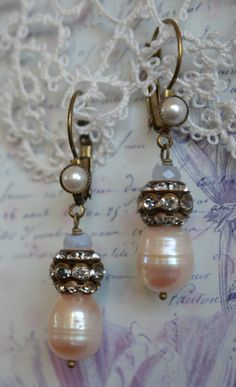 $32.00....GORGEOUS vintage look pearl chalcedony and rhinestone by Purrrls