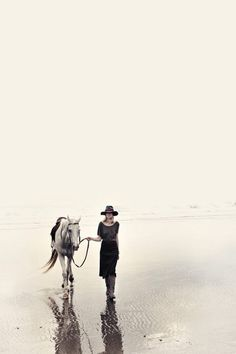 Riding on the beach Horse Photography, Fashion Photography, Nice Photography, Minimalist Photography, Johann Wolfgang Von Goethe, Just Dream, Belle Photo, Thing 1, Portraits