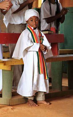 Rasta Art, Rasta Lion, Rastafarian Culture, Reggae Art, African Royalty, Black Art Pictures, Cross Art, Black Love Art, Black Families