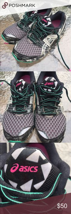 Asics shoes Only worn a few times, perfect condition! Size 8 woman's Asics Shoes Sneakers