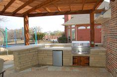 Prefab-Outdoor-Kitchen-Design.bmp