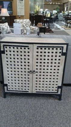 T879-40 accent cabinet