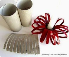 Si vous avez raté la liste des 32 idées pour utiliser le rouleau de papier toilette en objets de déco, découvrez aujourd'hui le même concept, mais Spécial Noël ! Au programme : des sapins de Noël, des bougeoirs, des décos murales… tout pour nous prouver que les rouleaux de papier de toilette peuvent avoir une …