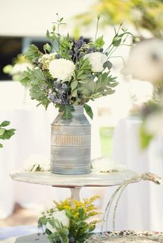 eucalyptus lane wedding centerpiece via we heart photography / http://www.deerpearlflowers.com/greenery-eucalyptus-wedding-decor-ideas/2/
