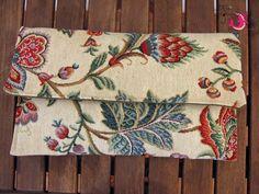 ΦούΞια ΞιΦίας Clutch Bag, Burlap, Reusable Tote Bags, Hessian Fabric, Clutch Bags, Clutches, Jute, Canvas