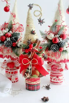 51 Trendy Ideas for sewing vintage decoration christmas trees Christmas Art, Christmas Projects, Vintage Christmas, Christmas Wreaths, Christmas Ornaments, Diy And Crafts, Christmas Crafts, Christmas Arrangements, Handmade Christmas Decorations
