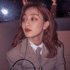 Aesthetic Lockscreens, Twice Album, Sana Momo, Jihyo Twice, Twice Once, Cute Korean Girl, Edit Icon, Ulzzang Girl, Nayeon