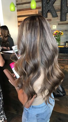 Side Swept Waves for Ash Blonde Hair - 50 Light Brown Hair Color Ideas with Highlights and Lowlights - The Trending Hairstyle Brown Hair Balayage, Brown Blonde Hair, Balayage Brunette, Light Brown Hair, Light Hair, Brunette Hair, Hair Highlights, Ombre Hair Color, Brown Hair Colors