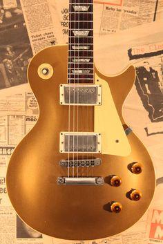 1982-LP-STD-80-GT Gibson Gold Top, Les Paul Gold Top, Guitar Room, Les Paul Standard, Gibson Les Paul, Acoustic Guitars, Musicians, Electric, Rock