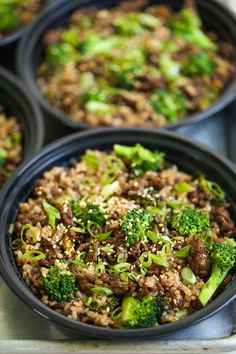 Quick Beef and Broccoli Meal Prep - Everyone's favorite dish made even easier using ground beef! Comes together in 15 min, prepped for the entire week! Quick Beef and Broccoli Meal Prep Trisha Bergin trishabergin Recipes to try Quick Beef and Bro Beef And Brocolli, Ground Beef And Broccoli, Healthy Ground Beef, Meal With Ground Beef, Ground Beef Stir Fry, Quick Ground Beef Recipes, Ground Turkey Meal Prep, Lunch Meal Prep, Healthy Meal Prep