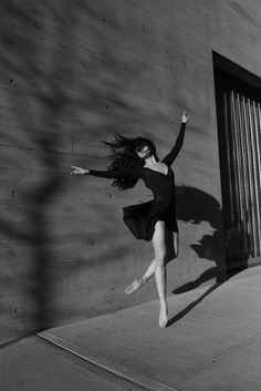 Black and White Dancers Portraits in New York City – Fubiz Media #whiteandblack