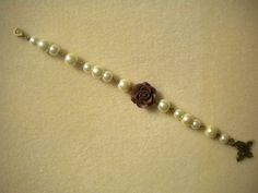 VINTAGE STYLE IVORY PEARL AND ROSE BUTTERFLY BRACELET