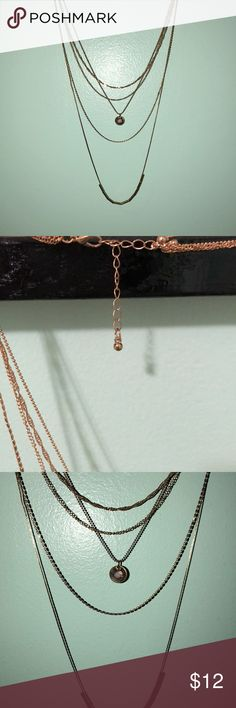Gold Long Layering Necklace Beautiful necklace with cute layers! Perfect condition! Jewelry Necklaces