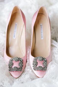 Manolo Blahnik Hangisi Pump Blush. #bride #perfectpair