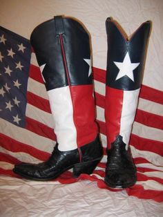 CA Texas flag boots by Texboots, via Flickr... perfect pairing, boots and Texas flag