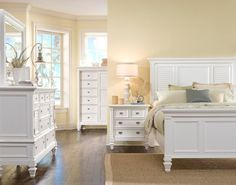 The Hopewell Collection has an updated urban cottage styling with a clean and crisp white finish. The headboard features louvered panels and the tapered feet finish this bed's stylish look. The height of the headboard adds beauty to your room and also serves as a comfortable backrest for reading or breakfast in bed.