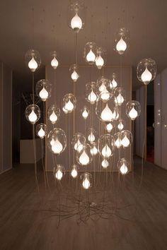 Based in London, British design studio LUUM specializes in creating modern lighting sculptures and bespoke light installations. Home Lighting, Lighting Design, Instalation Art, Moroccan Lanterns, London Design Festival, Lanterns Decor, Home Decor Online, Light Architecture, Light Installation