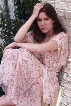 Carrie Fisher 1977, Carrie Frances Fisher, Debbie Reynolds, Princess Leia, Carry On, Actors & Actresses, Lady, Women, Star Wars