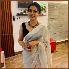 Anusree Beautiful Photos & Mobile Wallpapers HD (Android/iPhone) (1080p) - #30174 #anusree #actress #mollywood #hdimages #hdphotos