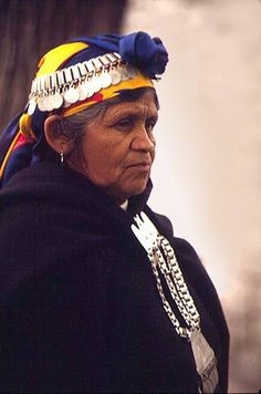 Mapuche women in traditional