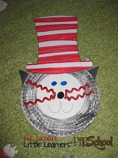 The Cat in the Hat craft for Read Across America
