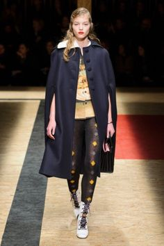 Prada Show-Paris Fashion Week-ready to wear FALL/WINTER 2016