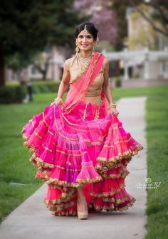 Bridal Lehenga Designs - Latest Trends in Lehengas Bridal Lehenga 2017, Indian Bridal Lehenga, Indian Beauty Saree, Indian Party Wear, Indian Bridal Wear, Light Dress, Dress Indian Style, Lehenga Designs, Gorgeous Wedding Dress