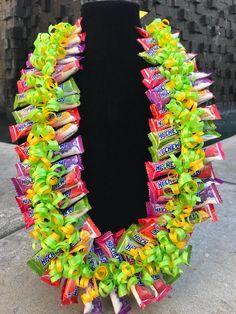 Edible Celebration Lei Hi-Chew Candy Graduation Leis, Graduation Party Decor, Graduation Crafts, Money Lei, Money Origami, Diy Bouquet, Candy Bouquet, Bouquets, Candy Messages