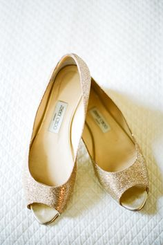 gold heels | Phenom Photographers
