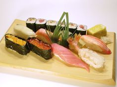 nigiri, gunkan and makimono