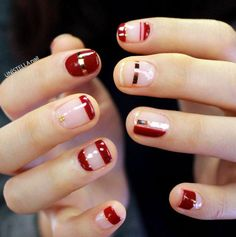 Red nails with negative space
