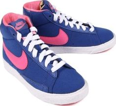 Nike Blazer Sneakers Blue 28,5EUR-10,5UK Fabrics : Cotton tulle Details : Blue, Laces Style : Trendy Style : Sportswear http://www.comparestoreprices.co.uk/january-2017-7/nike-blazer-sneakers-blue-28-5eur-10-5uk.asp