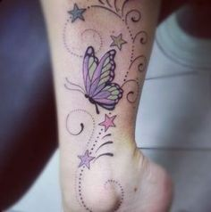 This is my ankle tattoo, butterflies and stars lynn tatoveringer. Sweet Tattoos, Pretty Tattoos, Cute Tattoos, Beautiful Tattoos, Tatoos, Ankle Tattoos, Foot Tattoos, Body Art Tattoos, Mädchen Tattoo