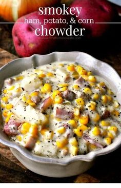 ham potato and corn chowder recipe-Smokey bacon and ham mixed in a decadent herbed chowder with chunky potatoes and sweet, juicy corn.Don& be surprised if you& licking the bottom of the bowl after trying this smokey ham, potato, and corn chowder! Crockpot Recipes, Cooking Recipes, Healthy Recipes, Ham Left Over Recipes, Recipes Using Ham, Delicious Recipes, Tasty, Top Recipes, Chowder Recipes