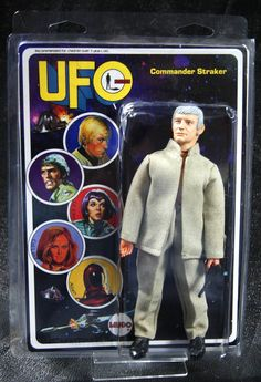 """This is a limited edition action figure based on the character of SHADO Commander Ed Straker (actor Ed Bishop) from the 1970 Gerry Anderson Century 21 TV series """"UFO"""". Figure: Co… Ufo Tv Series, Sci Fi Tv Shows, Sci Fi Horror, Planet Of The Apes, Creature Feature, Sideshow Collectibles, Modern Retro, Old Toys, Dark Fantasy"""
