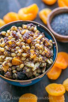 Wheat berry Christmas Pudding - A classic Ukrainian Kutia (Kutya) from @natashaskitchen
