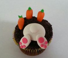 Bunny cupcakes by Distinctive-Desserts.com