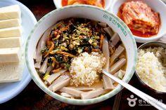 담백한 맛에 기분까지 좋아지는 경북 영주 <메밀묵밥>