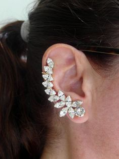 Ear Cuff With Swarovski Rhinestones Climbing Earrings,Bridal climbing Earrings,Ear Crawlers,Earcuff Cluster Earrings, Crystal Earrings, Statement Earrings, Dangle Earrings, Diamond Earrings, Earings Gold, Coin Necklace, Feather Earrings, Leather Necklace